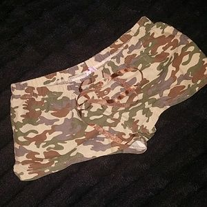 Other - 💰Camo boxer shorts💰